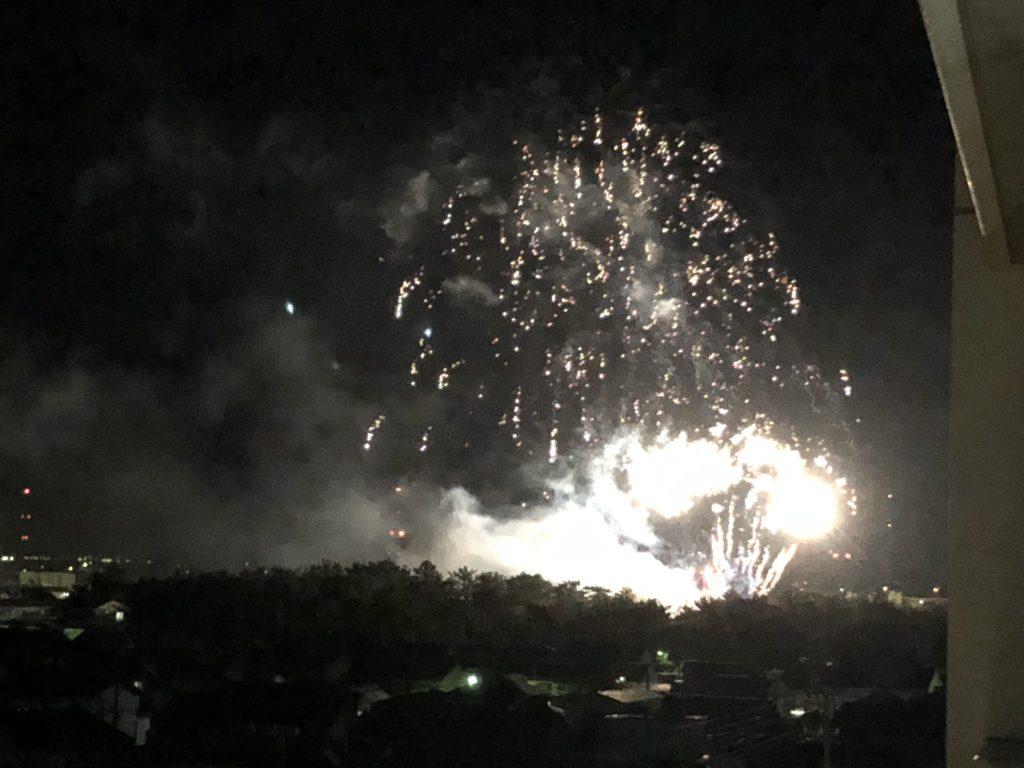 期間工のアリビオ第5衣浦寮から見える花火大会の写真