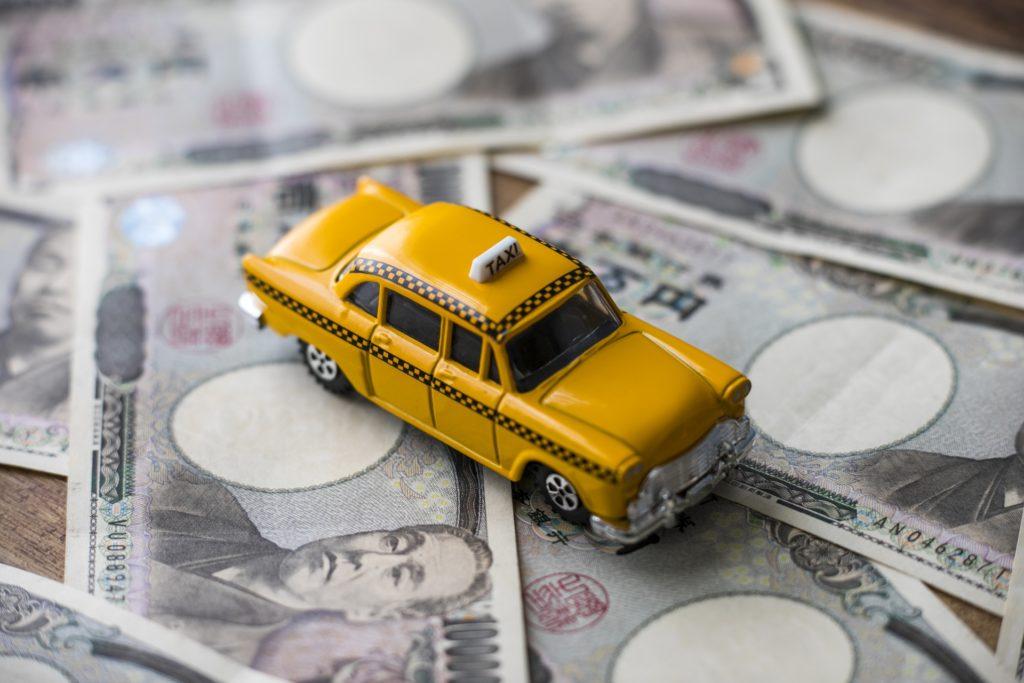 期間工からタクシー運転手に転職するのはあり?東京初めての運転手が1年目で年収が800万円
